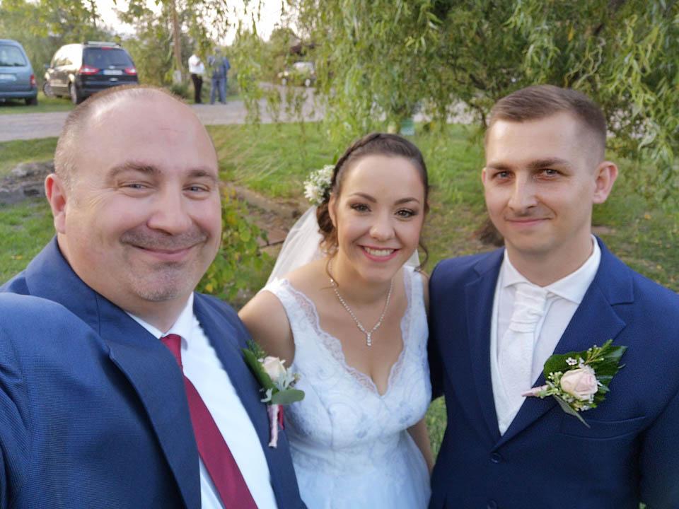 Molnár Zsolt - esküvői házigazda - ceremóniamester és modern városi vőfély - Esküvő Covid19 idején